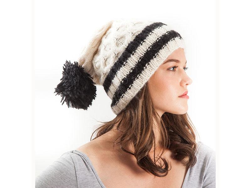 cf60f16d4f4 Zara Alpaca beanie hat - El Mercado Peru